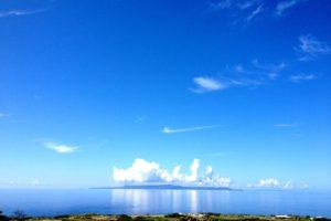 与論から見る沖縄本島