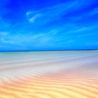 美しい百合ヶ浜の砂紋