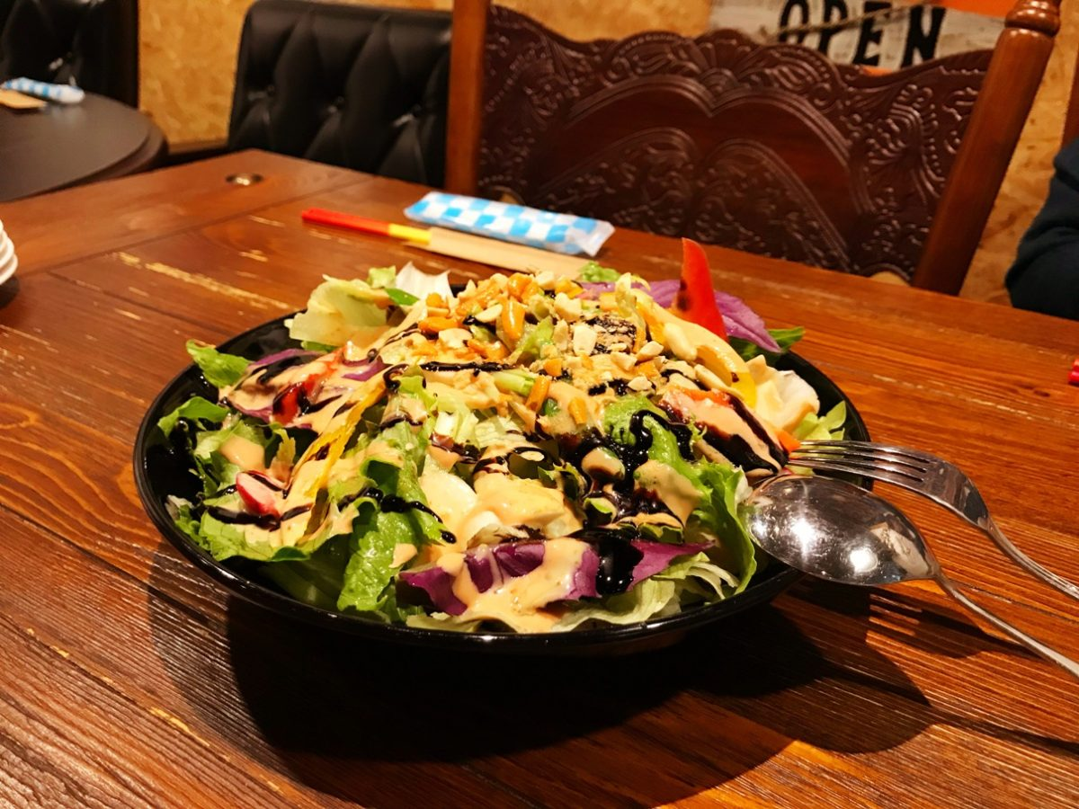 モリンガ麺サラダ