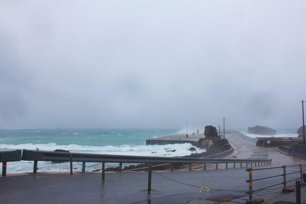 台風?な供利港